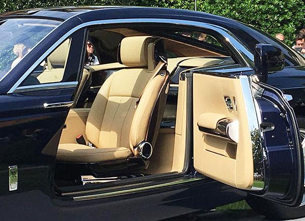 Acelerando Por Ai Sweptail A Doce Poesia De Um Rolls Royce Exclusivo