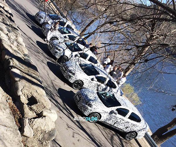 Sedã Fiat Argo, ainda sem nome (Foto: Emanuel Rock/Autoblog)