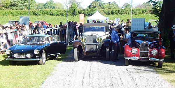 Ferrari GTO (esq;); Hispano (centro) e Bugatti Atalante: a trinca vencedora na Argentina