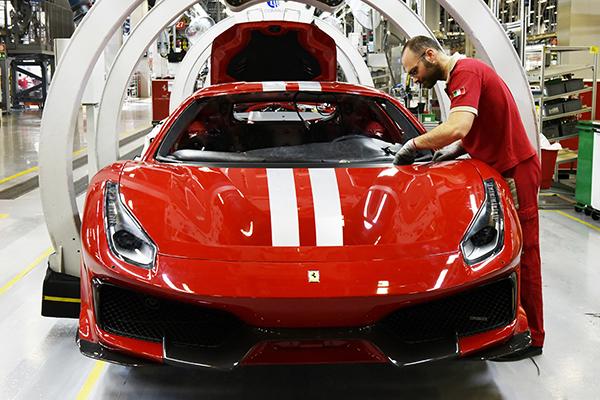 Ferrari 488 Pista: zero a 200 km/h em 7,6 segundos!