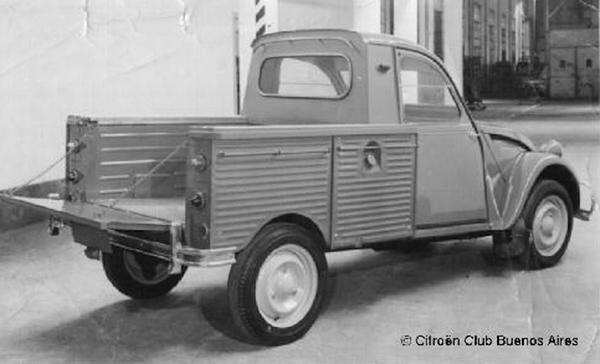 Raro Citroën 2CV picape estará na Autoclasica